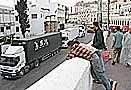 Marroquíes intentan llegar a España en camiones