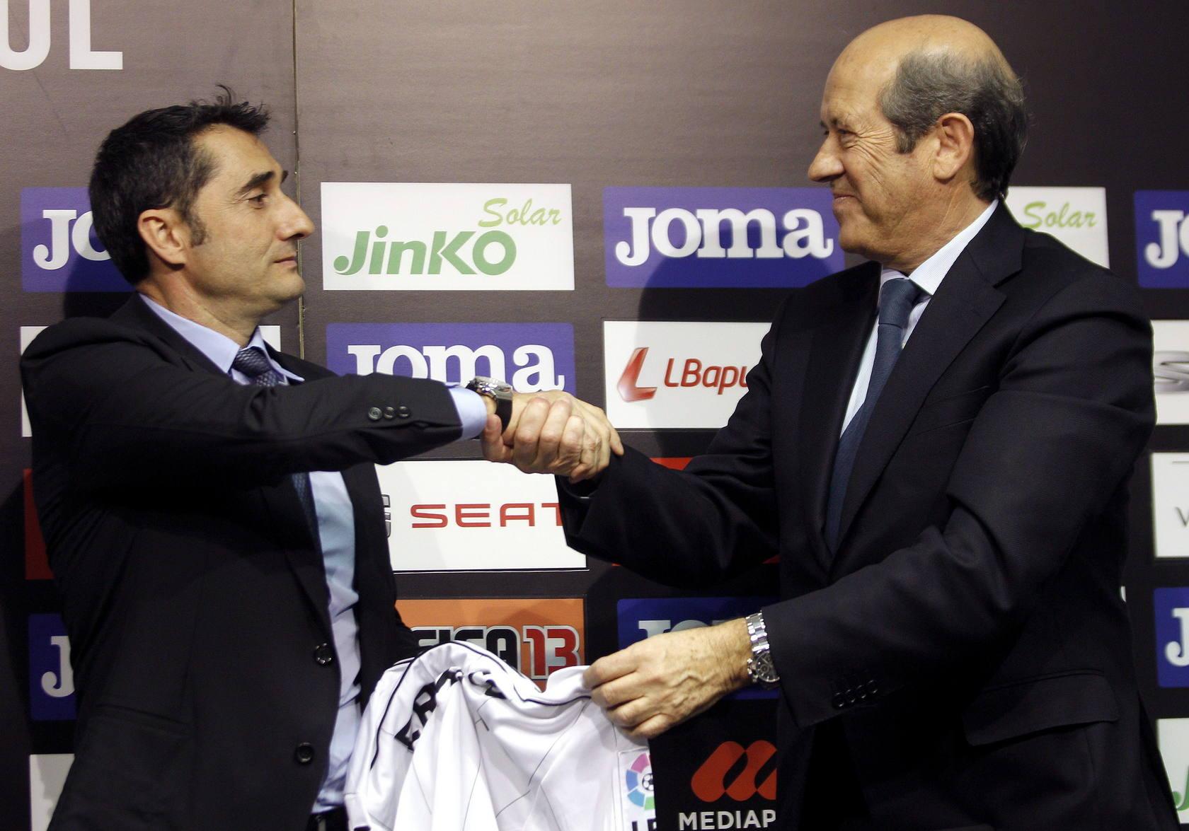 Presentación de Ernesto Valverde como nuevo entrenador del Valencia CF
