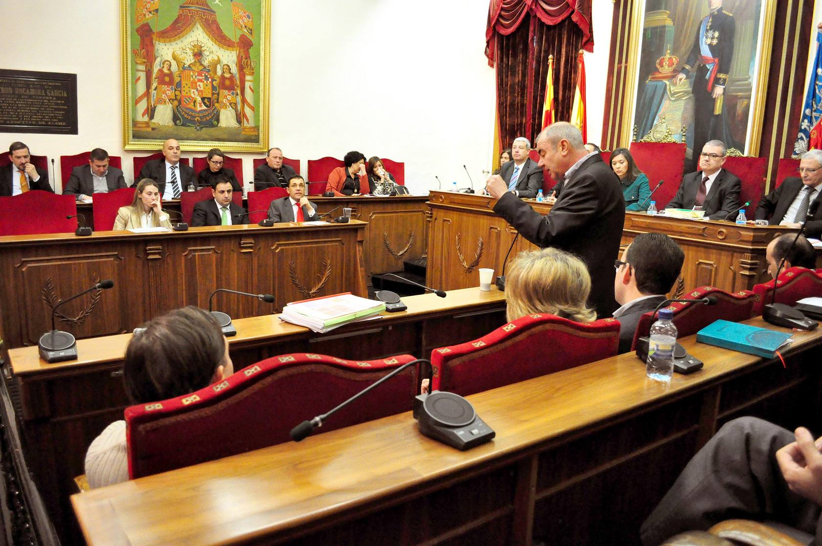 Pleno municipal extraordinario del Gobierno Local de Elche
