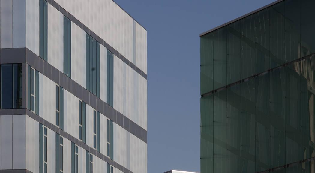Arquitectura valenciana: bloque de viviendas en París