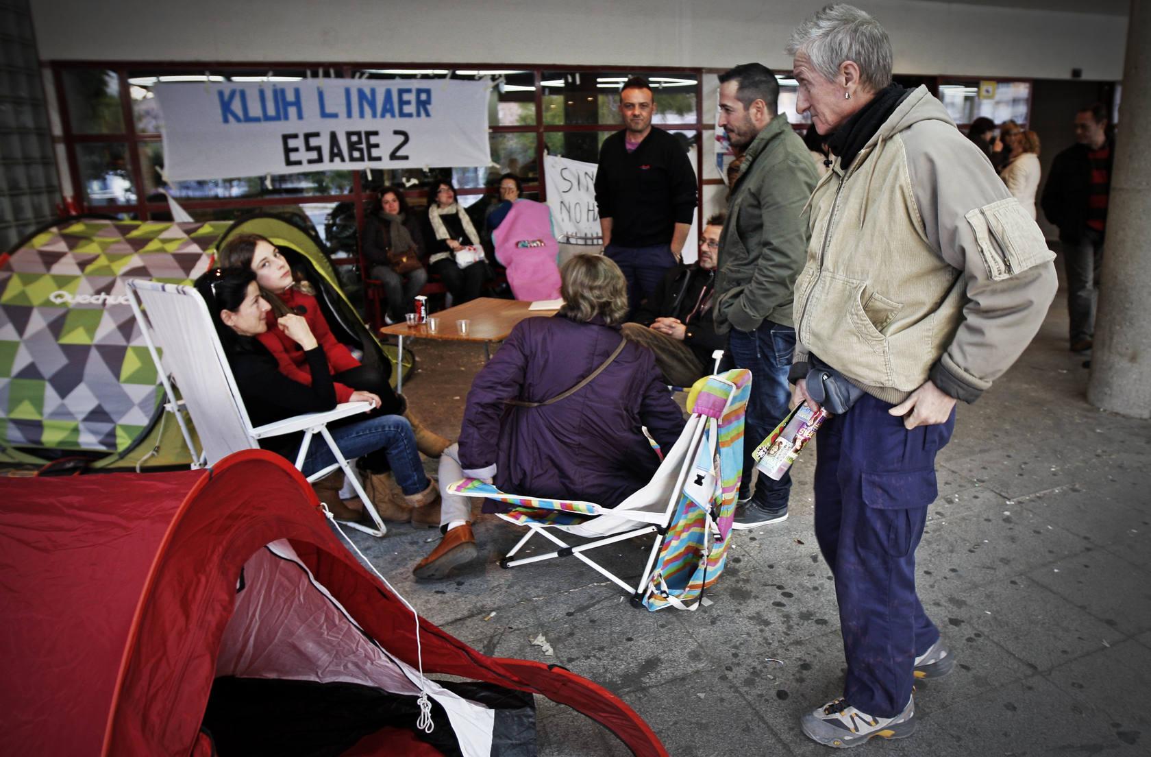 Continúa la huelga de limpieza en el Hospital General de Alicante