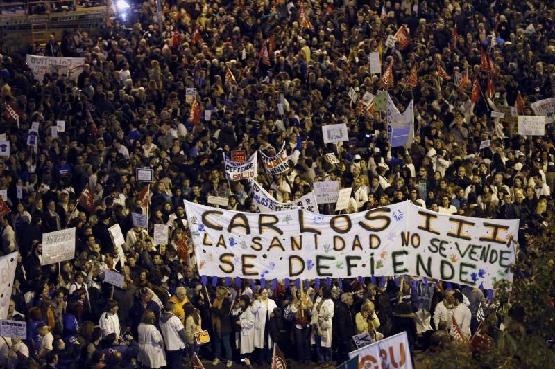 Multitudinaria marcha en Madrid contra los recortes