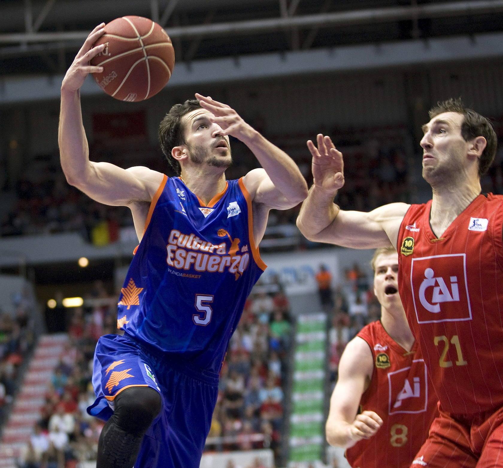 Las mejores imágenes del CAI-Valencia Basket