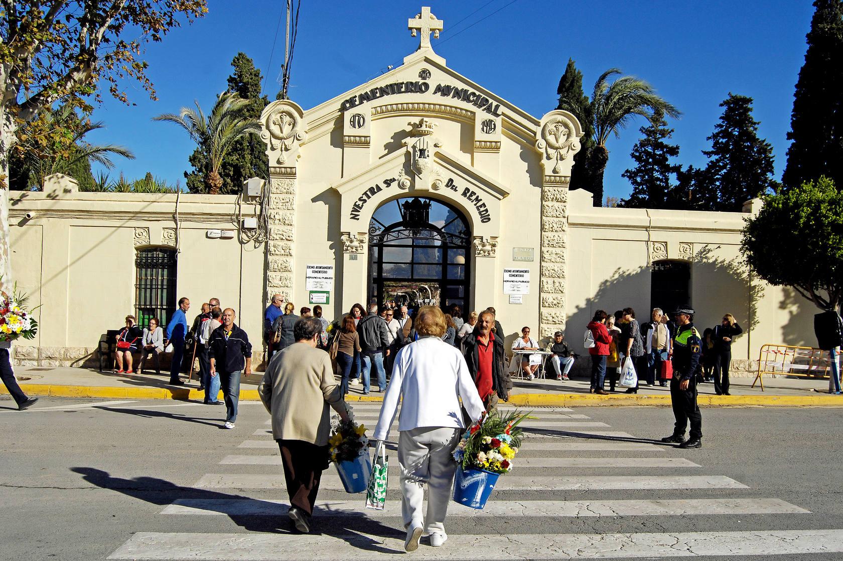 Celebración de la festividad de Todos los Santos en Alicante