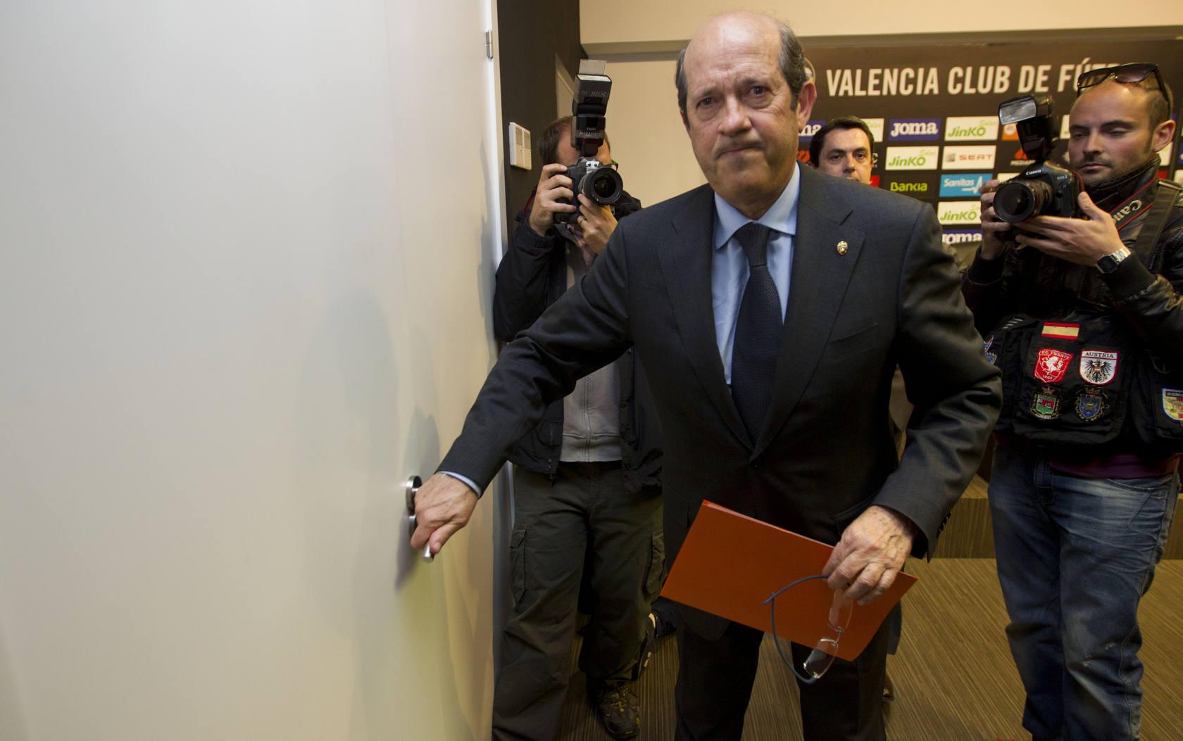 Llorente dimite como presidente del Valencia CF