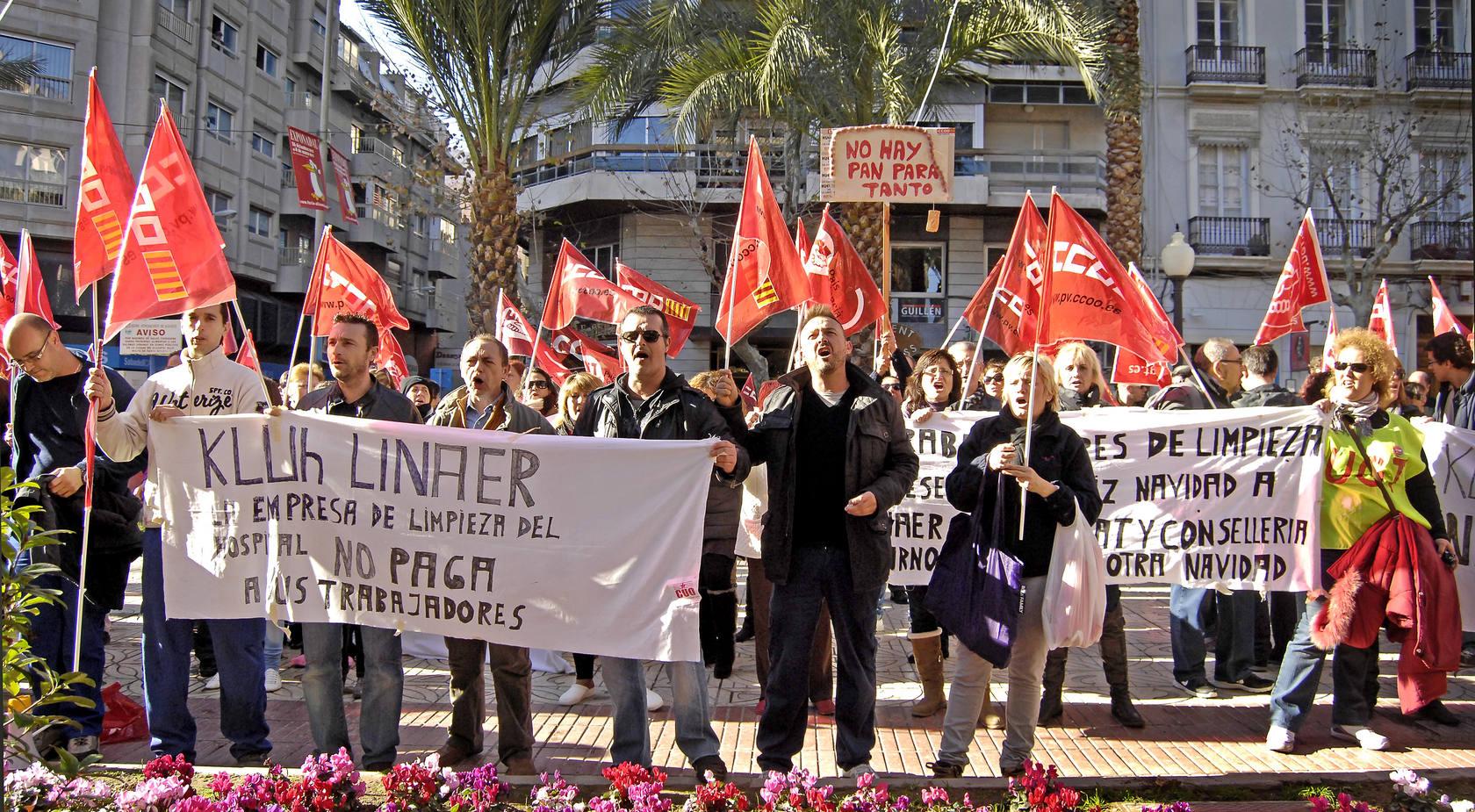 Protesta de los trabajadores de la limpieza del General de Alicante