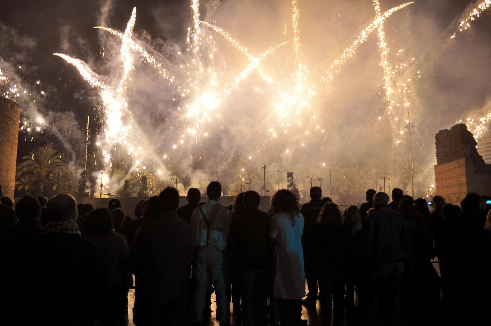 Espectáculo piromusical traspalacio correspondiente al Festival Medieval