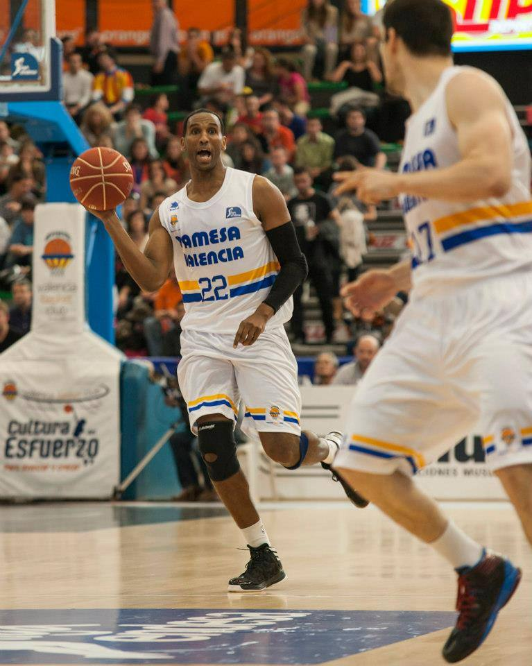 Las mejores imágenes del Valencia Basket-Blancos de Rueda