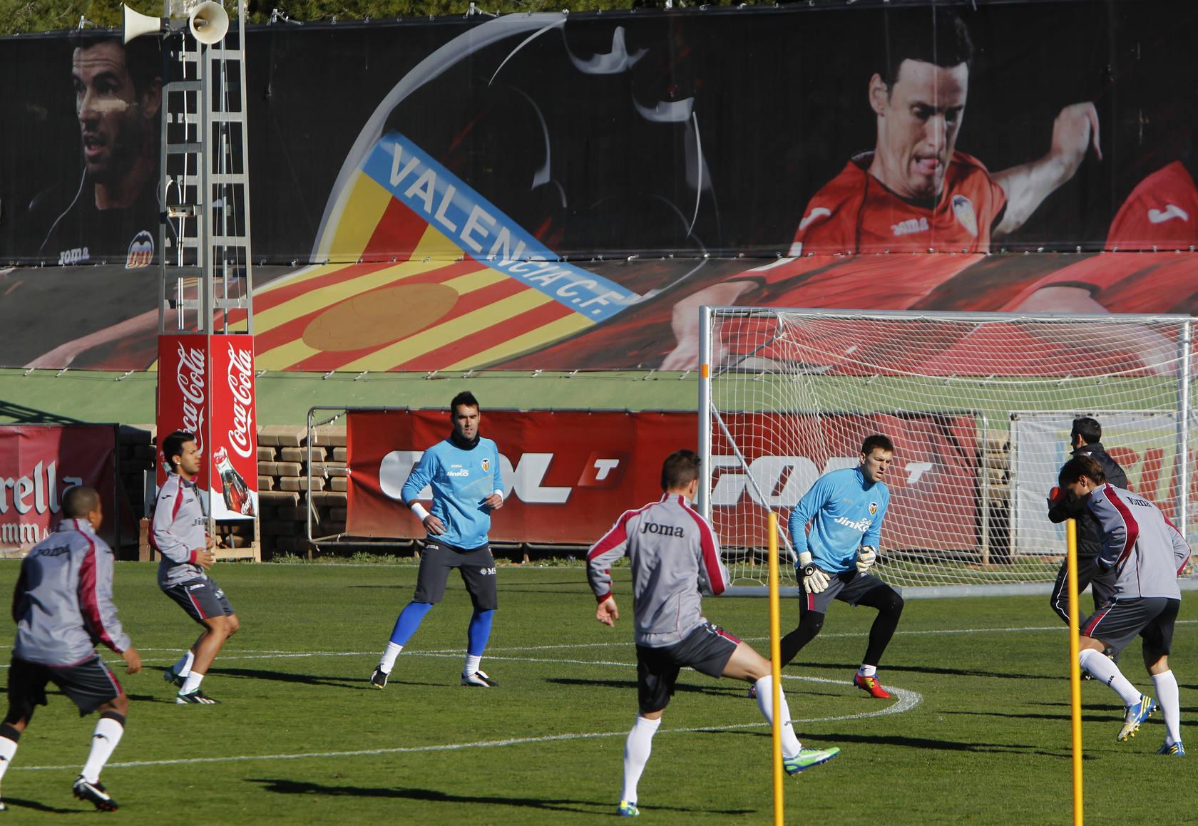 Entrenamiento del Valencia tras la humillación sufrida ante el Real Madrid