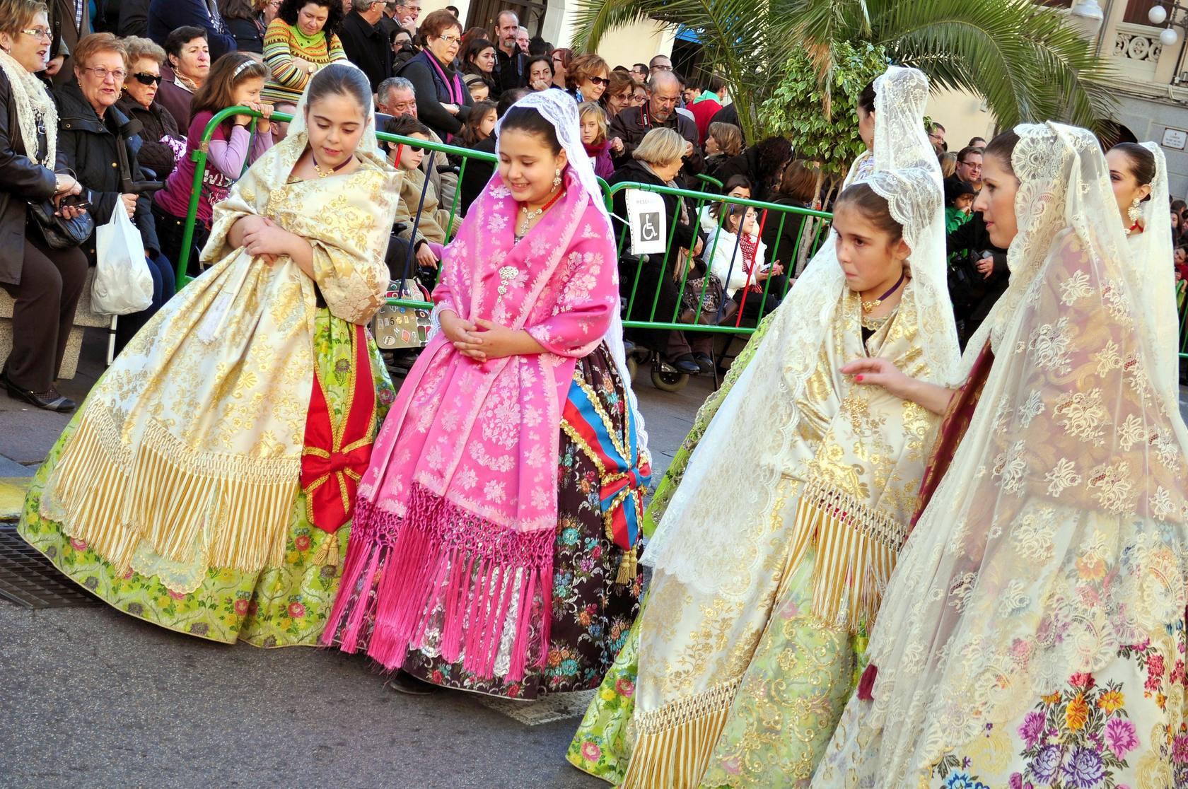 Cabalgata de Cantó anunciando el hallazgo de la Virgen