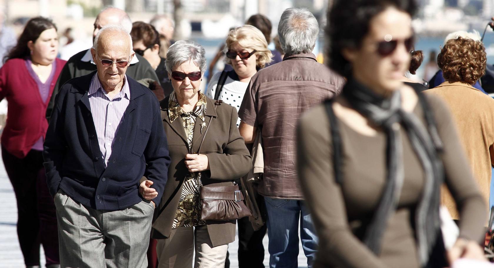 Día de todos los santos en Alicante: turismo y buen tiempo en el Postiguet